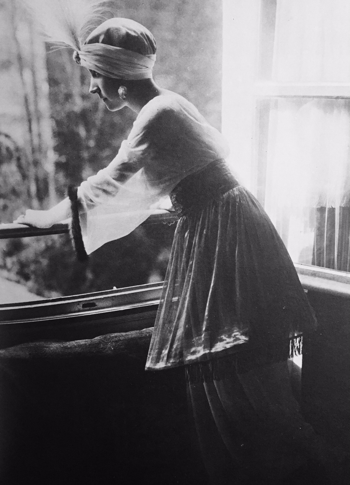"Madame Poiret in her costume for the ""1002d Night"", 1911."